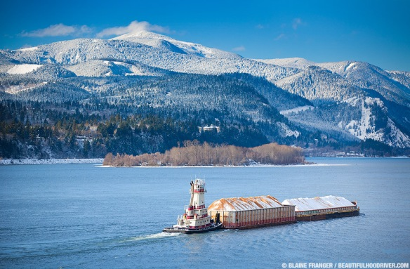 columbia_river_gorge_barge_snow_mg_8363_3