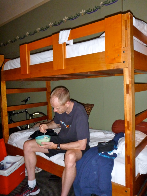 Pre-race breakfast at McMennamin's the Grand Lodge. The GalPal gave me the bottom bunk.